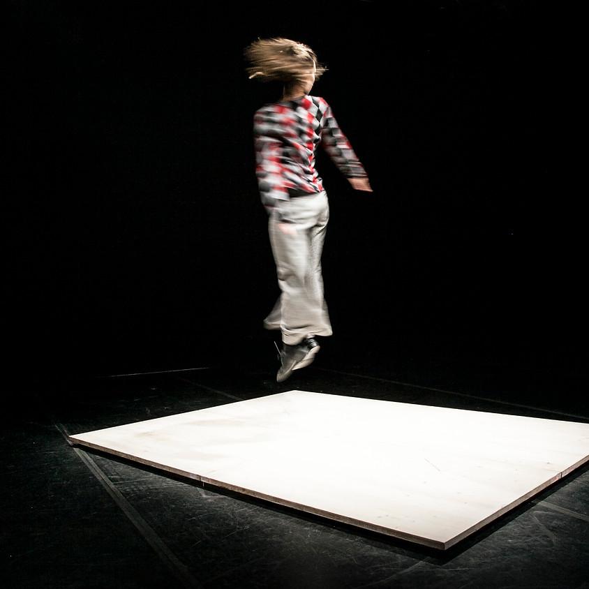 15 Dicembre   40.000 centimetri quadrati - Claudia Catarzi