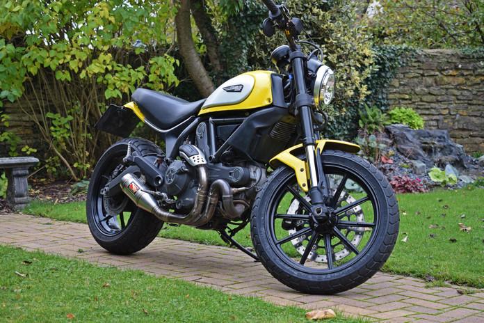 Used Ducati Scrambler for sale northampton bike sanctuary icon yellow front right lock 2.j