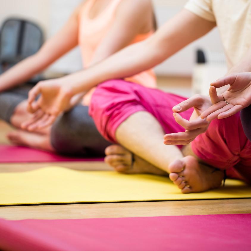Rücken Yoga mit Kathi - Gruppenkurs (Indoor)