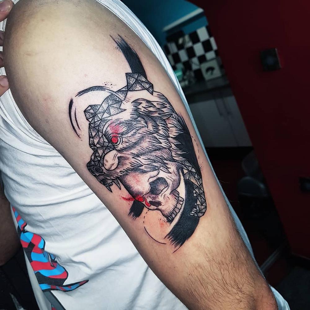 tatouage ours tete de mort couleur