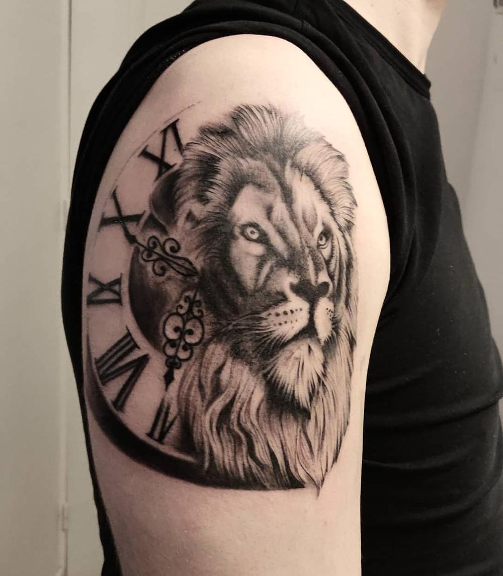 lion realiste