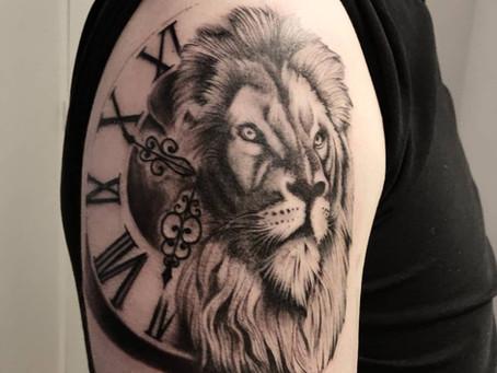 #832 Tatouage Lion réaliste - American Body Art