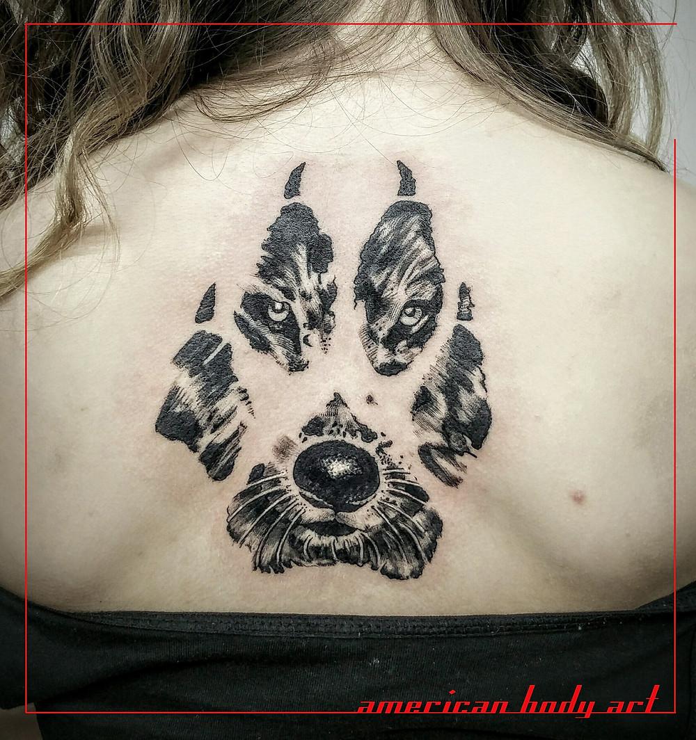 tatouage sur le dos american body art