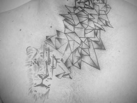 #1177 Tatouage géométrique | AMERICAN BBODY ART