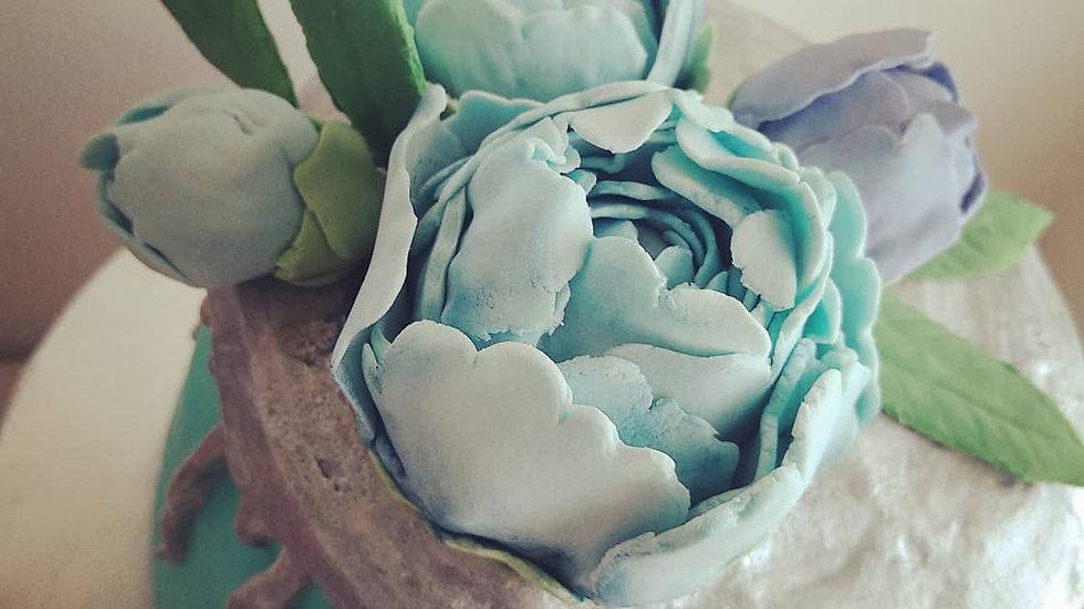 Drip cake + Flower Sugar