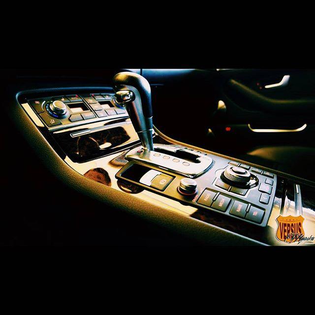 Instagram - #audi #a8 #d3 #quattro #black #versus #versusauto #arkagdynia #morsk