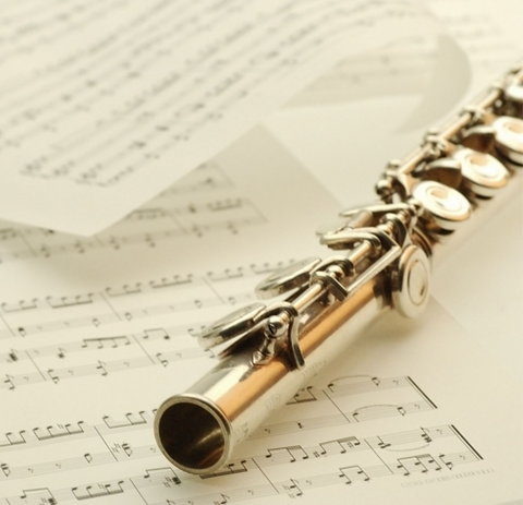 flute_on_page_resized-cropped-pagebackground_edited.png