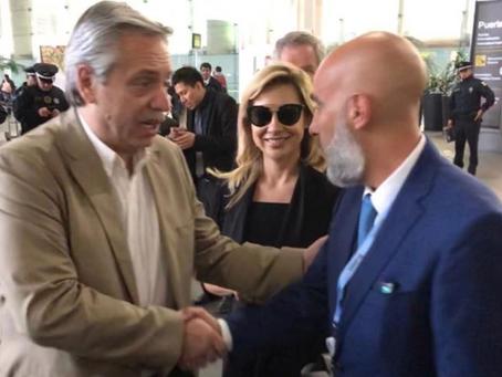 El embajador Ezequiel Sabor recibe en México al presidente electo de Argentina.