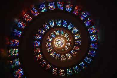 stained-glass-1181864_1920.jpg