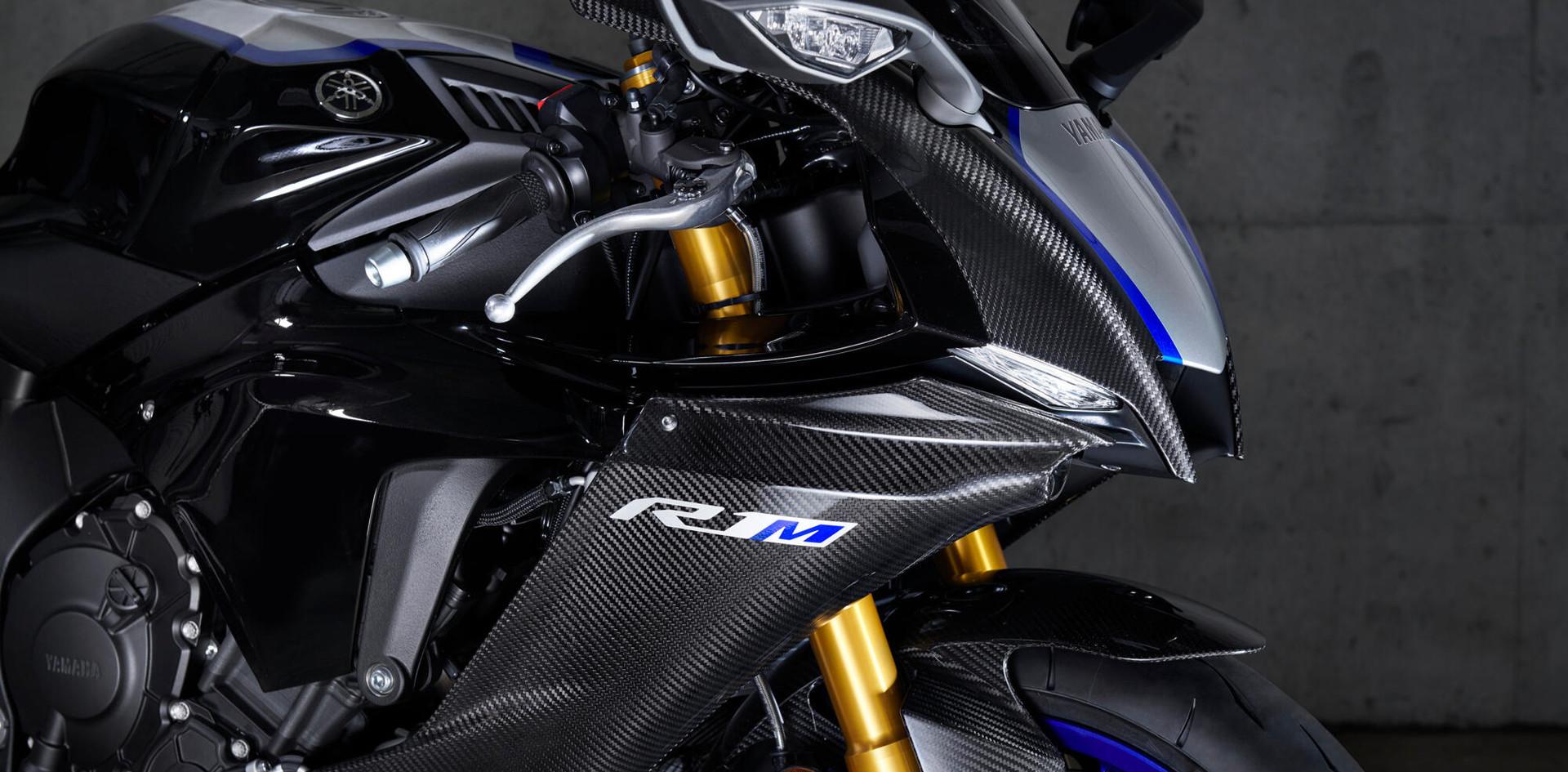 M1-inspirert karbonkarosseri