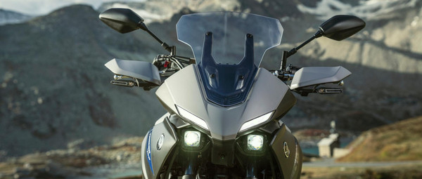 2021-Yamaha-MT07TR-EU-Detail-006-03.jpg