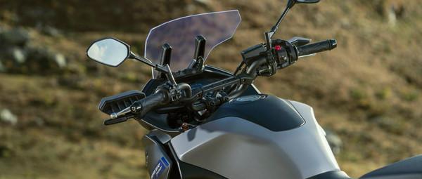 2021-Yamaha-MT07TR-EU-Detail-009-03.jpg