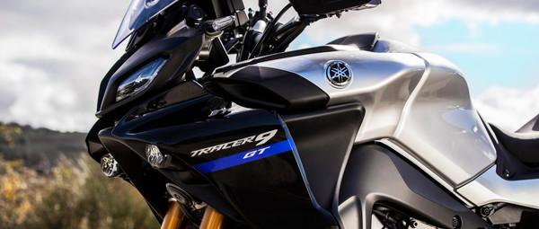 2021-Yamaha-MT09TRGT-EU-Detail-006-03.jp
