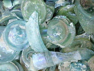 roman glass fragments 2.jpg