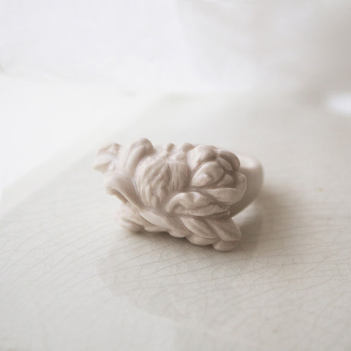 White Porcelain Relief Ring