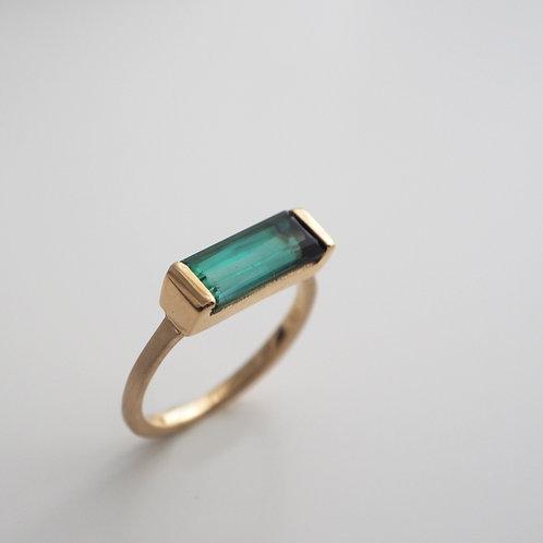 Green Tourmaline Ring -long-