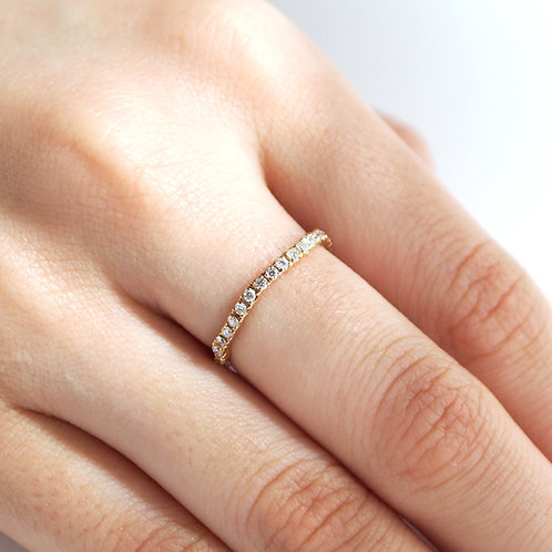 Capricious Half-Eternity Ring 0.32ct