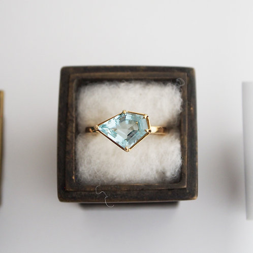 Aquamarine Ring -L-