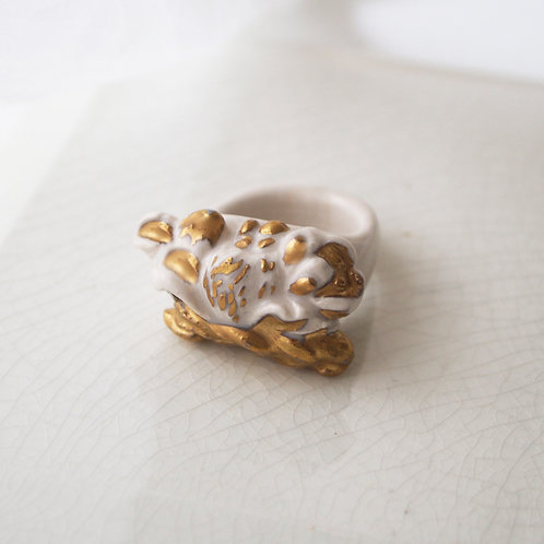 Gold Porcelain Relief Ring