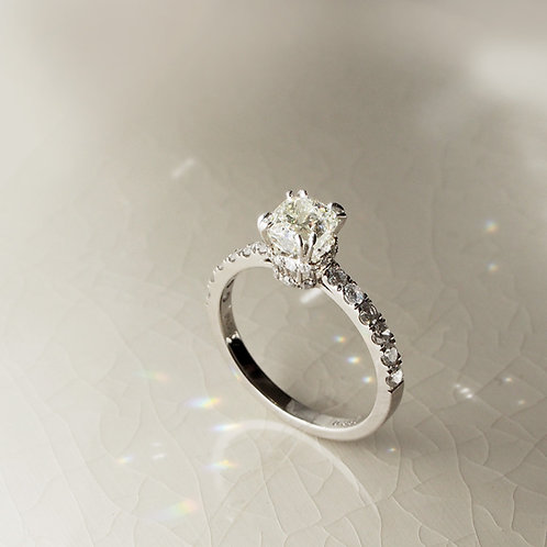 1 carat Radiant cut Diamond Ring
