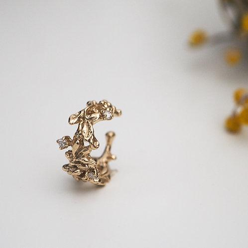 Arabesque Diamond Ear-cuff