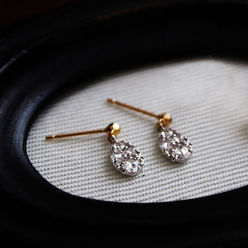 "Rosecut Diamond Earrings ""Tear"""