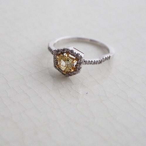 Hexagon Yellow Diamond Ring 0.4ct