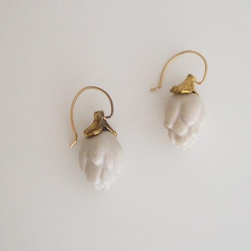 "White Porcelain Earrings ""artichoke"""