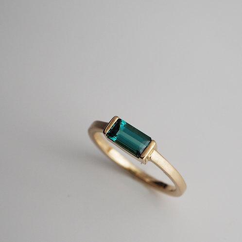 Green Tourmaline Ring -short-