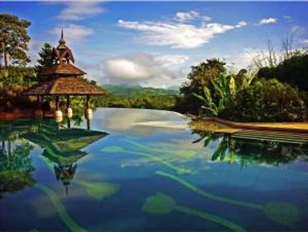 Beautiful-Pool-with-Exotic-View
