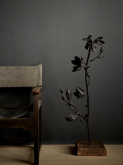 "2016 - Branch Magnolia ""efflorescence"" - bronze - 108 x 39 x 38 cm"