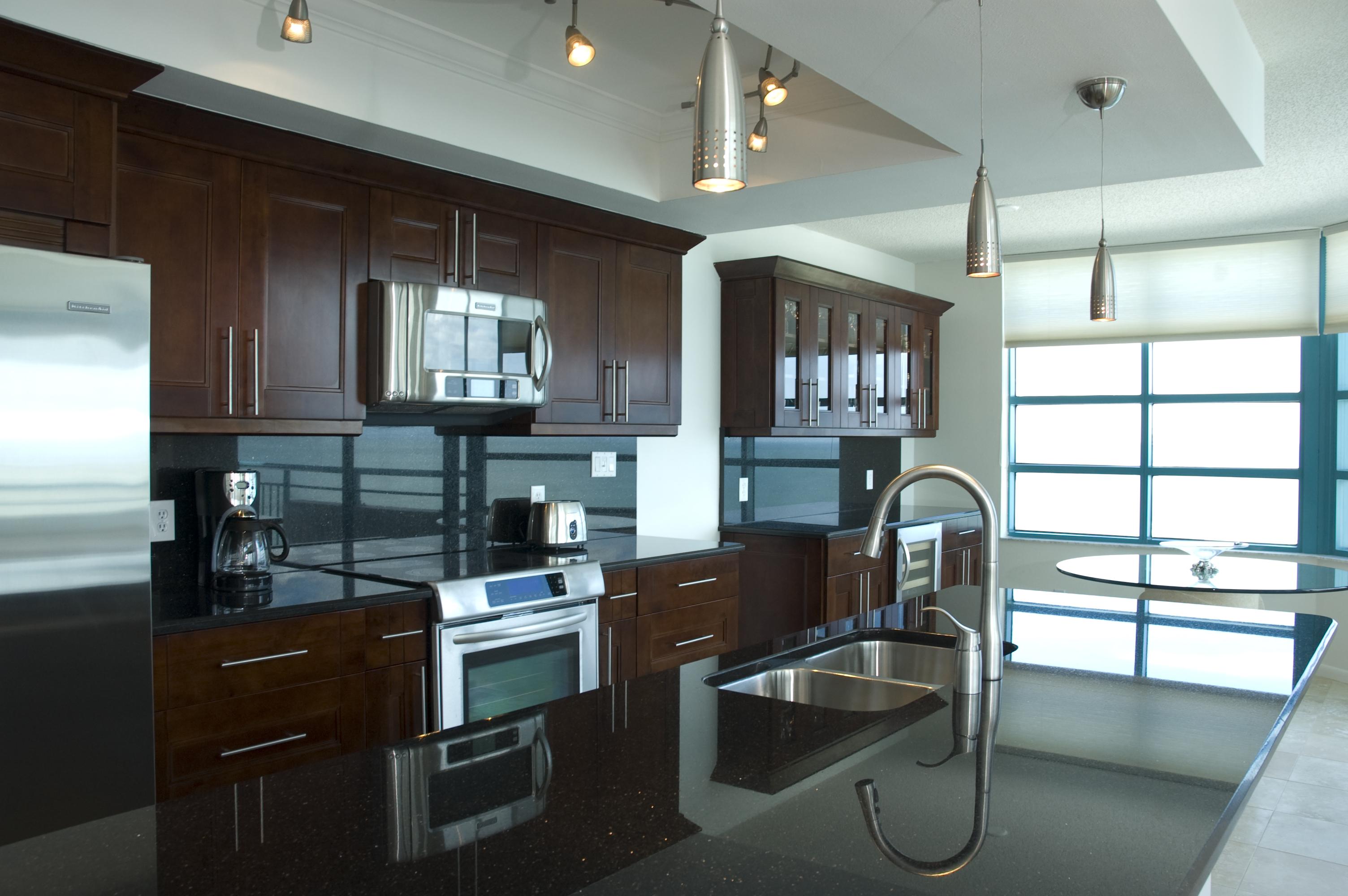 United Kitchen U0026 Bath   Bradenton Sarasota Kitchen Remodeling