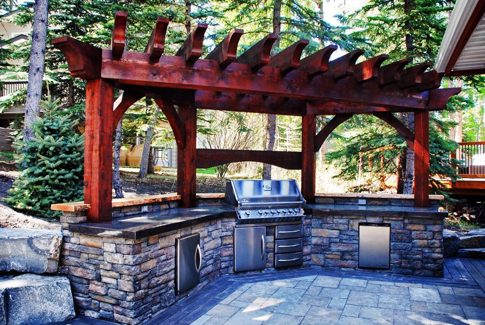 BBQ's & Outdoor Kitchens