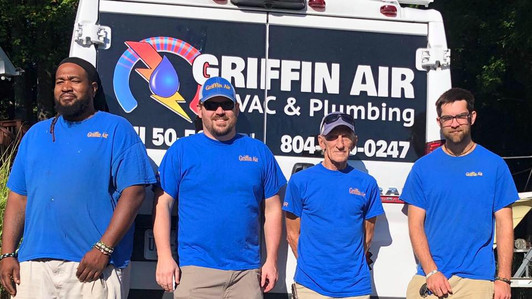Group pic at Griffin Air