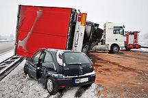 Lkw-Unfall-im-Winter-729x486-51c0900e621