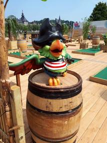 IMG_22fun for kids golf pirate Ile Robinson