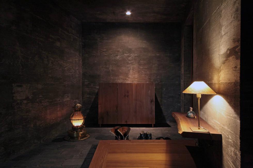 23 光洞の家