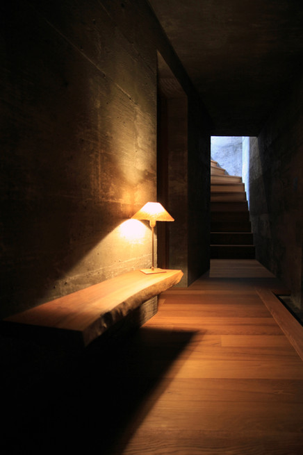 27 光洞の家