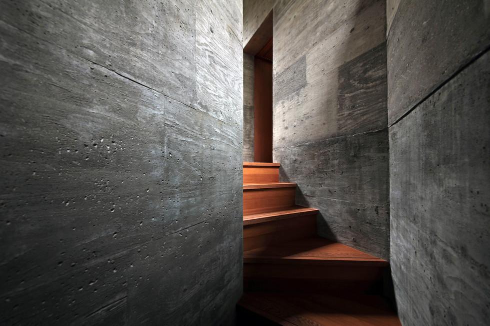 29 光洞の家