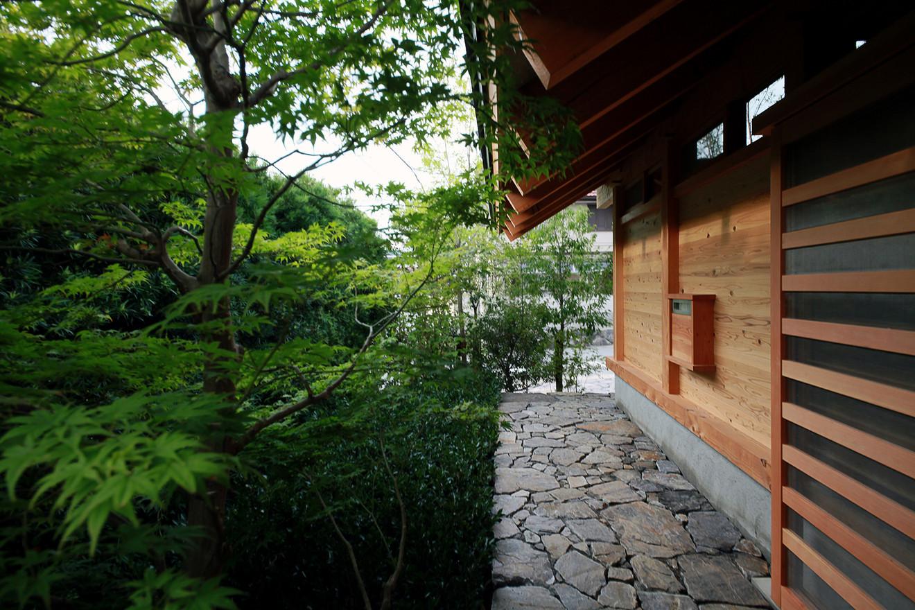 36 寺部の家