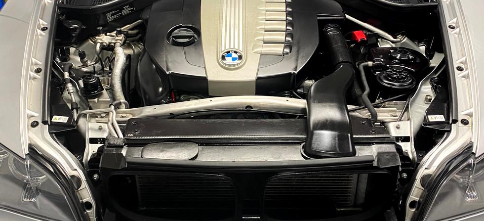 BMW X5 35D - Service & Performance