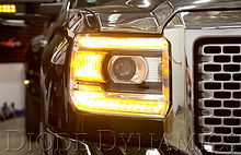 gmc_sierra_switchback_close_amber.jpg