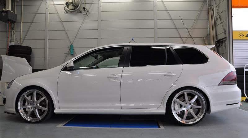 2013 VW Sportwagen MK6 Golf-R Conversion