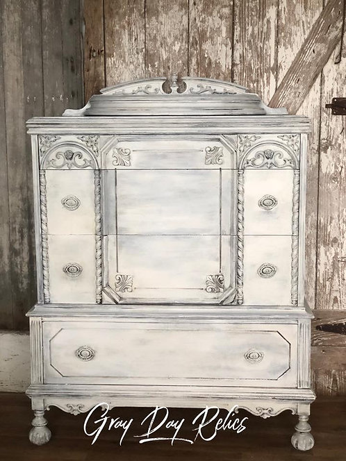 Light Grey Chest of Drawers