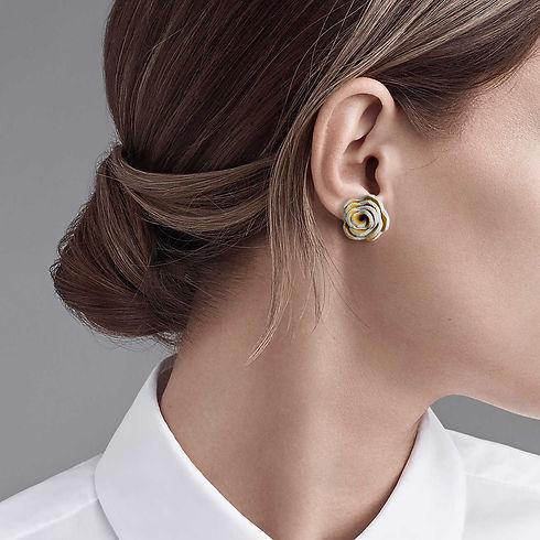 earring on head.jpg
