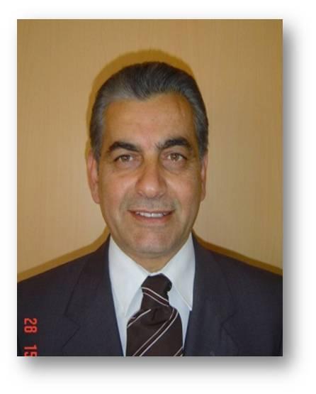 الدكتور أحمد عودة