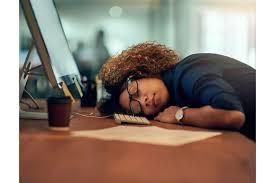 Pourquoi ressentons-nous la fatigue après manger?