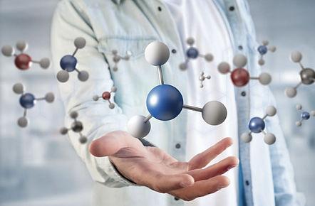 Molecules%20in%20the%20hand_edited.jpg