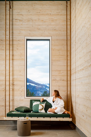 Hotel_Sport_Klosters_2020_Hallenbad__HotelFotograf.ch_Jeronimo_Vilaplana_01.jpg
