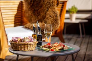 Schneiders_Davos_Terrasse_HotelFotograf.ch_Jeronimo_Vilaplana_03.jpg